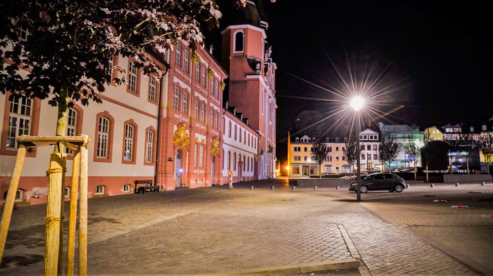 Hotel Zum Goldenen Stern in der Nacht Pruem